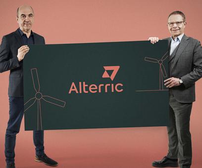 Stefan Dohler (left) and Heiko Janssen (right) present the Alterric logo